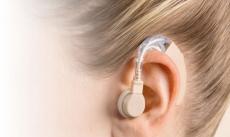 Không phải cứ điếc là tùy tiện dùng máy trợ thính
